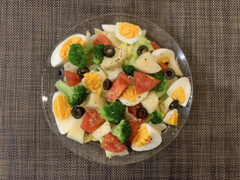 タマゴ野菜サラダ