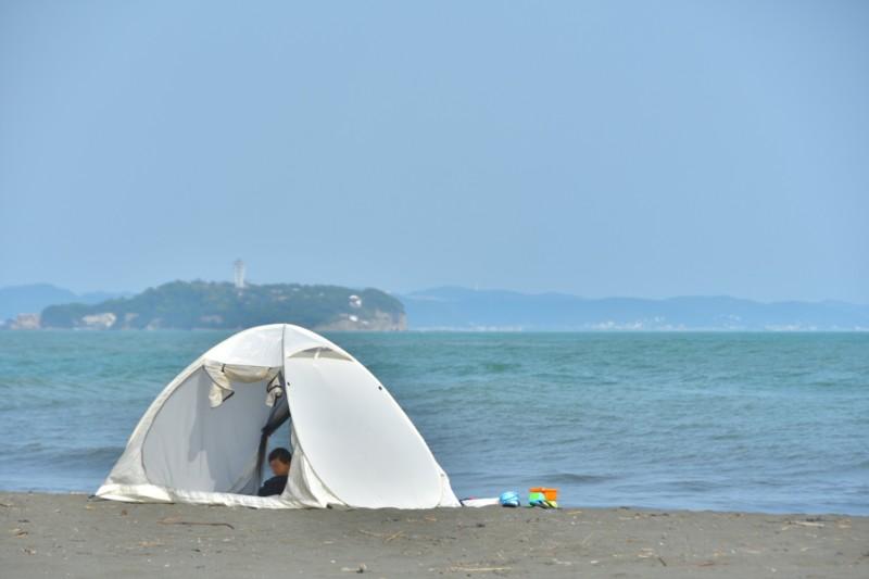 海水浴でテント