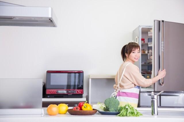 冷蔵庫 主婦