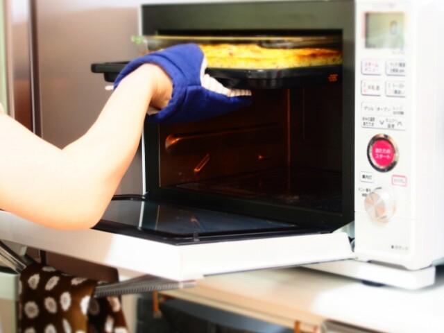 オーブンを開ける
